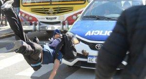 Represion La Plata Auto