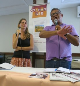Seergio thumbnail_Djalma Costa (derecha) con la cooperante Sylvie Petter en Salvador de Bahia marzo 2018 foto Sergio Ferrari